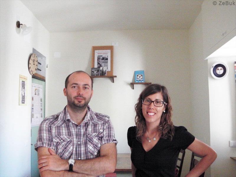 Mauro e Francesca, all'interno della sede di Tempo al Libro.